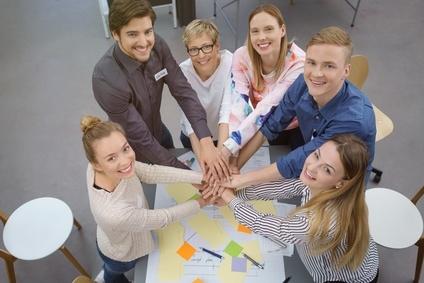 Cohésion d'équipe par les accords toltèque